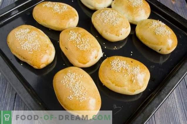 Rissóis com arroz e ovo no forno