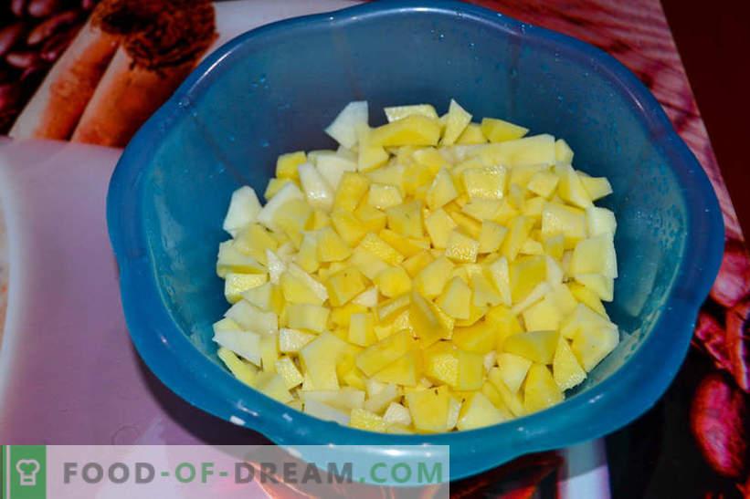 Assado em panelas - batatas com cogumelos e linguiça defumada, deliciosa receita para convidados