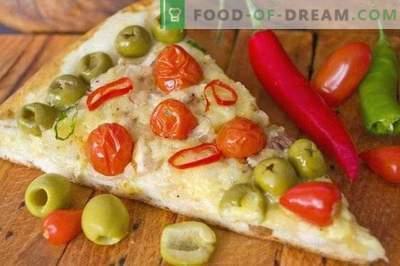 Pizza com frango e tomate cereja