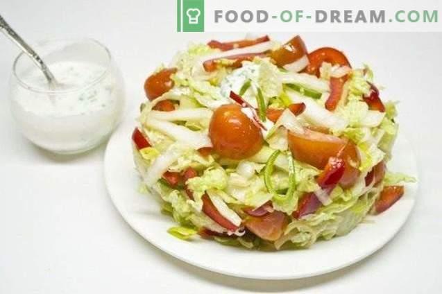 Salada de legumes com molho de cebola com limão