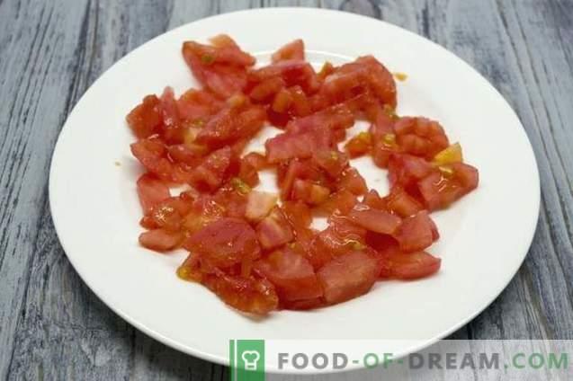 Sopa de peito de frango com abobrinha e açafrão
