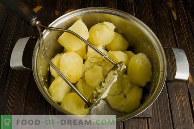 Torta com carne e cogumelos no forno