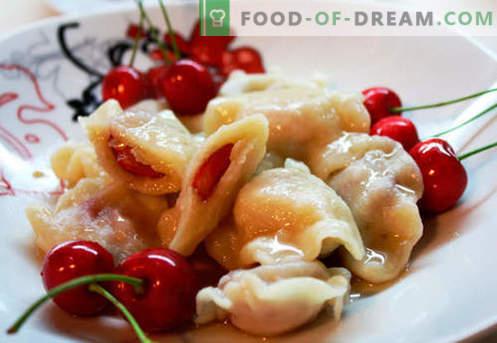 Bolinhos com cerejas - as melhores receitas. Como fazer corretamente e saboroso bolinhos de massa com cerejas em casa.