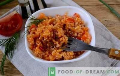 Rīsi ar malto gaļu un dārzeņiem tomātos: fantāzija par pieejamo produktu risoto. Foto recepte rīsu gatavošanai ar malto gaļu un dārzeņiem tomātos: soli pa solim