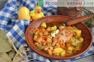 Chicken pickle with chicken and beans