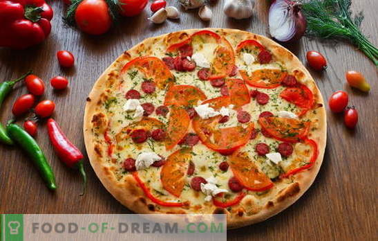 Pizza ai peperoni: variazioni della deliziosa torta italiana. Le migliori ricette di pizza ai peperoni con salame, mozzarella, pomodori