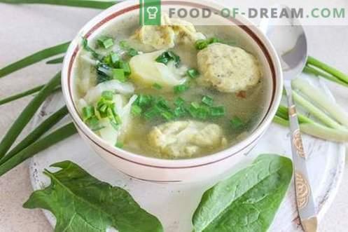 Sopa de legumes com bolinhos - gratificante e saudável!