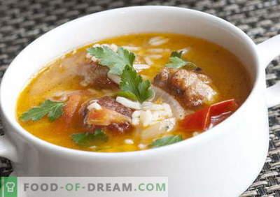 Sopas com arroz - as melhores receitas. Como corretamente e saboroso cozinhar sopa com arroz.