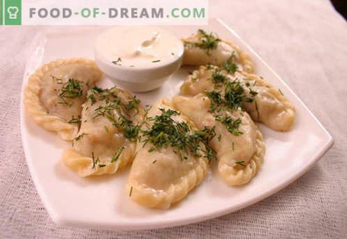 Bolinhos com cogumelos - as melhores receitas. Como cozinhar corretamente e saboroso bolinhos de massa com cogumelos em casa.