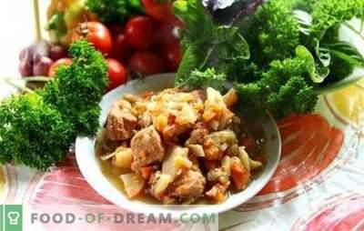 O carneiro Khashlama é um prato caucasiano suculento, perfumado e nutritivo em sua cozinha. As melhores receitas para cordeiro khashlama