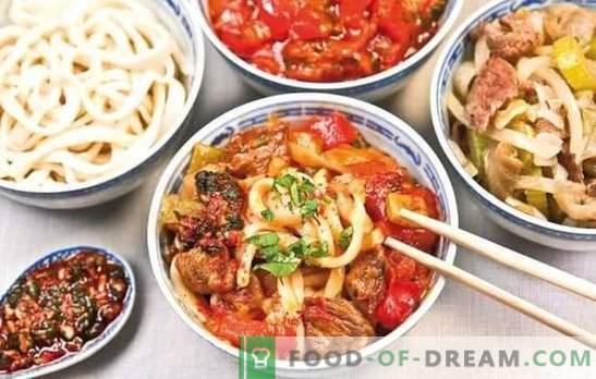 Uygur Lagman - receitas e subtilezas culinárias. Cozinhar Uighur Lambman feito de cordeiro, carne com legumes e especiarias