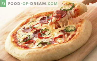 A receita de pizza com salsicha e queijo é a melhor invenção da culinária italiana. Uma variedade de recheios em receitas de pizza com salsicha e queijo