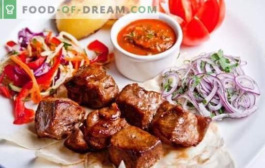 Espetos em um multicooker - receitas e as melhores idéias! Métodos de cozinhar kebabs em um fogão lento, receitas de carne, aves, peixes