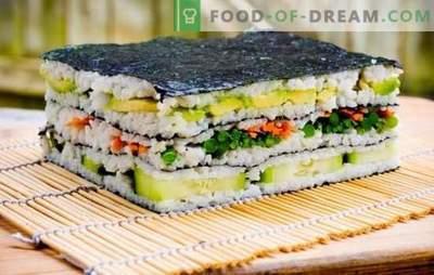 Bolo de sushi: brilhante e estiloso! Cozinhar sushi bolo com peixe vermelho, camarão, caranguejo, caviar