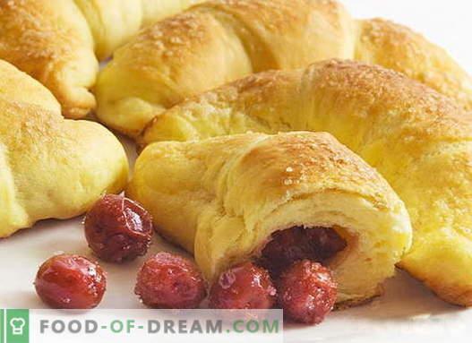 Bagels com recheio são as melhores receitas. Como adequadamente e saborosos bagels cozidos com recheio.