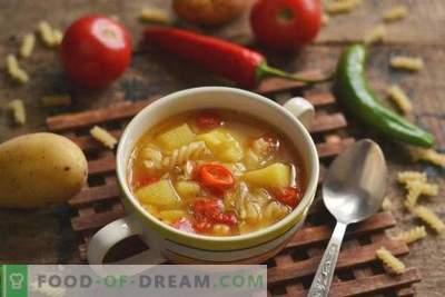 Sopa com macarrão e legumes - quando rápido, saudável e saboroso