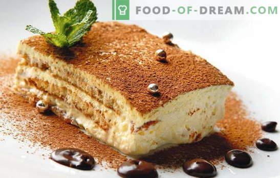 Pastel con mascarpone y frutas, moras, chocolate, licor. Recetas de bizcochos, galletas de mantequilla, tortitas con mascarpone