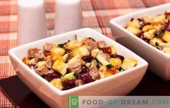 Saladas com feijão e queijo - nutritivas e nutritivas! Receitas saladas diárias e festivas com feijão e queijo