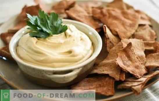 Hummus aromático: recetas clásicas judías. Cocinar hummus según recetas clásicas de garbanzos y sésamo, verduras