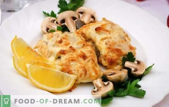 O bacalhau com queijo é um peixe tenro sob uma crosta apetitosa. Receitas simples e originais de bacalhau com queijo